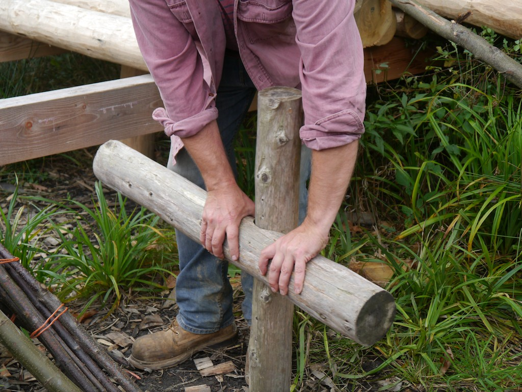 Ben demonstrated the 'butterpat joint' he developed for roundwood work.